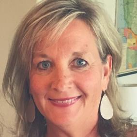 Dr. Cindy Ryan